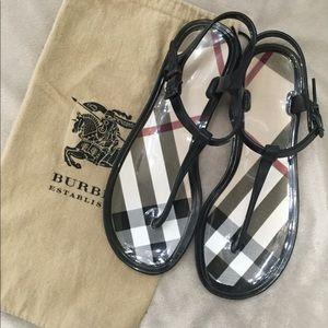 Burberry T strap sandals